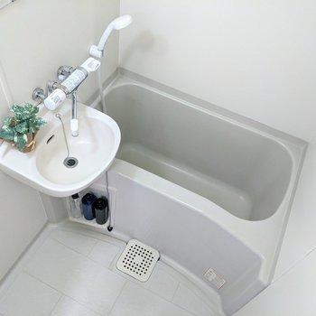 足を伸ばしてお風呂で休めますよ。