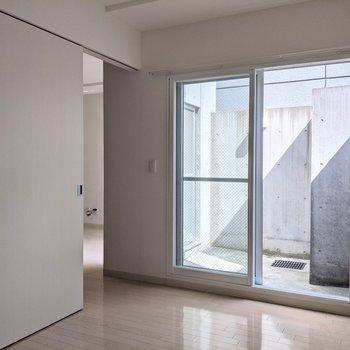 【5.1帖洋室】続きましてこちらのお部屋のご紹介!