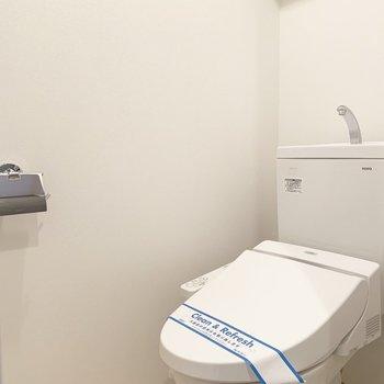 トイレは独立で廊下からアクセス。