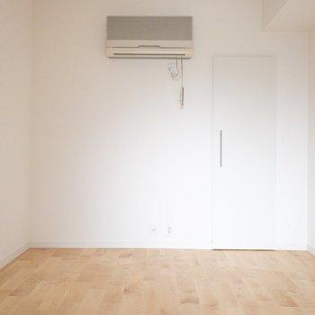 【5.5帖】エアコンもついています!書斎やお子様のお部屋にも◎