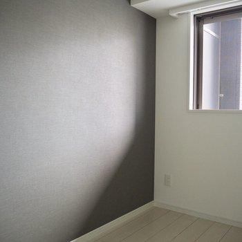 【洋室】洋室にも光が入ってきます※写真は5階の同間取り別部屋のものです