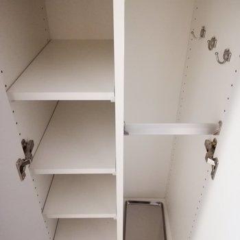 シューズボックスは、奥行きがあるものと※写真は6階の同間取り別部屋のものです