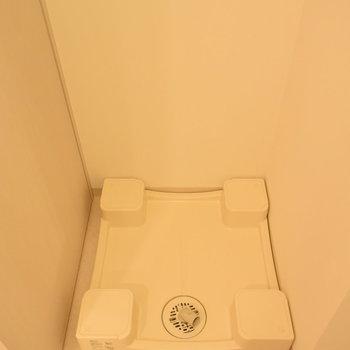 洗濯機置き場もしっかりとね(※写真は7階の同間取り別部屋のものです)