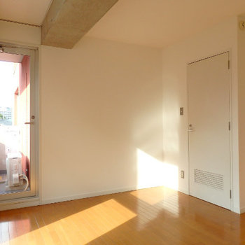 寝室部分です(※写真は同間取り別部屋のものです)