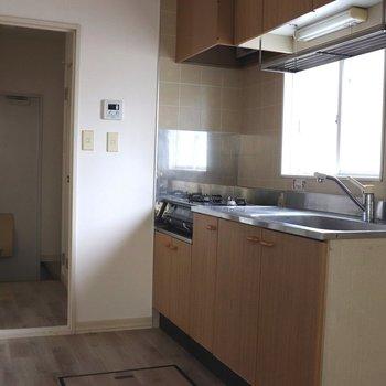 広めのキッチンルーム