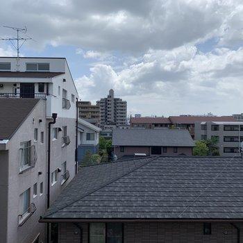 ちょっぴり曇り模様…眺望は開けてます!