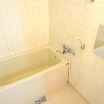 ちょっぴりレトロなお風呂はリノベーションの醍醐味