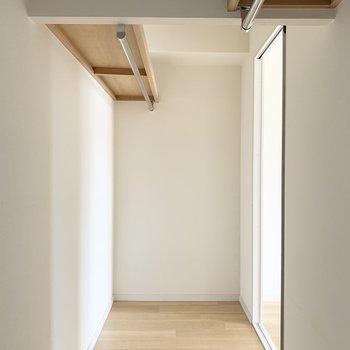 なのですが、、あれれ奥にもう1つ扉が、、