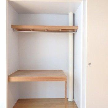 この収納、使いやすそう※写真は6階の同間取り別部屋のものです