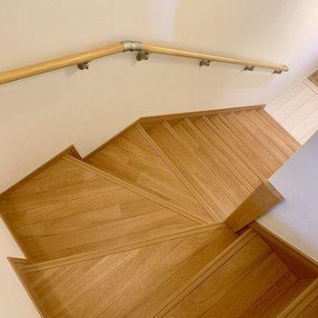 階段の上り降りは地味に大変です