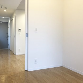 【3.1帖洋室】こちらの洋室は、けっこうコンパクト。