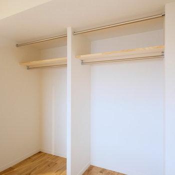 オープン収納もかなりたっぷり使えそうです!※写真は似た間取りの別部屋のものです