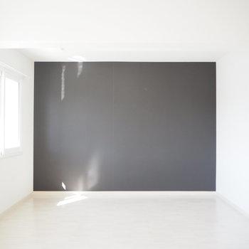 奥の部屋はすごく使いやすそう ※写真は同間取り別部屋のものです。