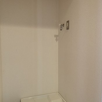 【工事前】洗濯機置場はこちら。
