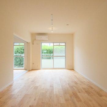 無垢床と緑ってこんなに相性がいい!