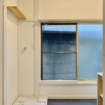 水回りにも大きな窓。まとまったスペースが使いやすいですね。