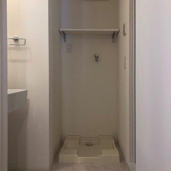 洗濯機置場はしっかり室内。