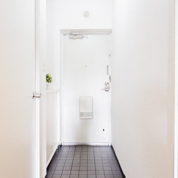 さいごに玄関を見ていきましょう。※写真は3階の同間取り別部屋のものです
