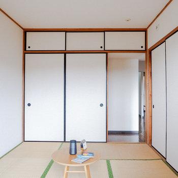 たまには風と一緒にごろーんとしましょ。※写真は3階の同間取り別部屋のもの、家具はサンプルです