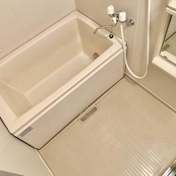 お湯はりボタンがあるから湯を溜める際の温度調整は簡単!