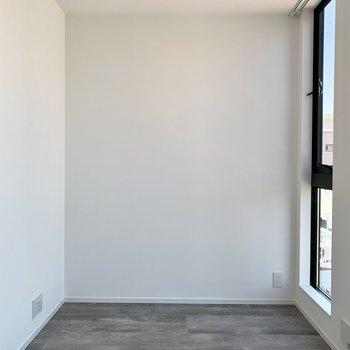 【洋室3.36帖】もう一つ洋室があります。