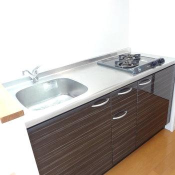 キッチンは程よい広さです。※写真は3階の同間取り別部屋のものです