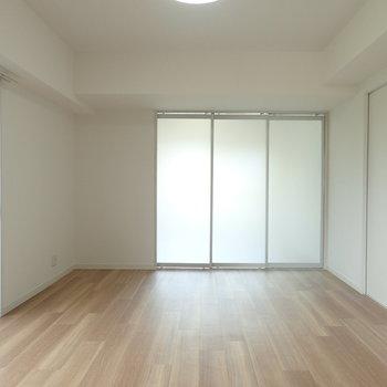 スライドドアを閉じるとこんな感じ