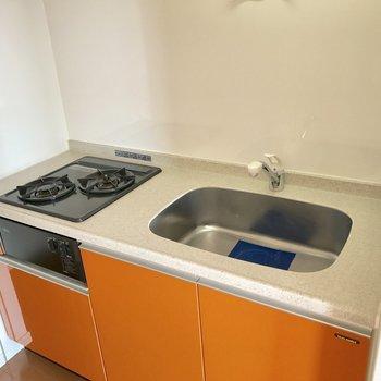 スッキリしたキッチン。このスッキリ感を極力維持したいね。※写真は10階の同間取り別部屋のものです