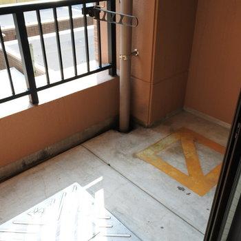 気持ち狭めかな※写真は6階の反転間取り別部屋のものです