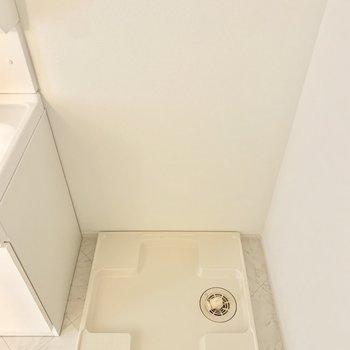 隣に洗濯機置けます◎ (※写真は6階の同間取り別部屋のものです)