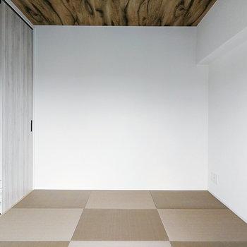 和室には琉球畳!衣装ケースもあると良いですよ。