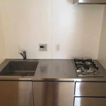 【上階】お手入れのしやすいキッチン。※写真は前回募集時のものです