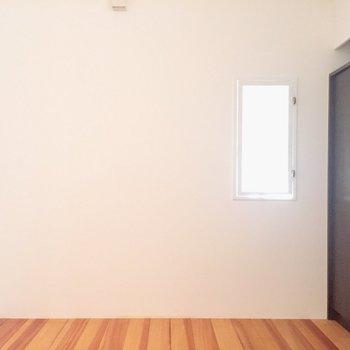 【下階】ここは寝室にしようかな。※写真は前回募集時のものです
