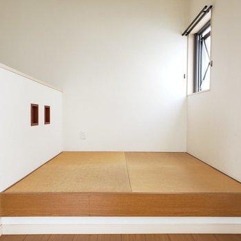 小さな和室スペース。こういうの嬉しい!(※写真は清掃前のものです。)