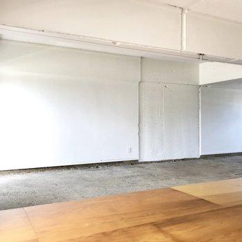 なんと壁をペンキ塗りしたり、セルフリノベーションOKなんです!