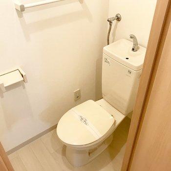 トイレはウォシュレットないです。必要な方は持ち込みましょうー!