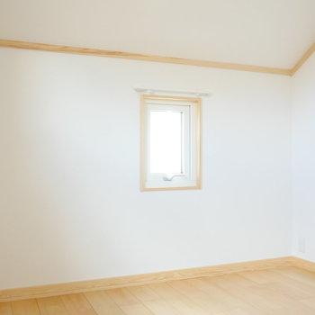 【5.1帖】小窓がもうひとつ。