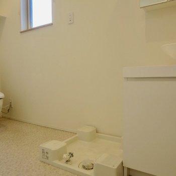 洗濯機はお隣に※写真は前回募集時のものです