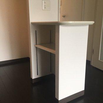 キッチンにこういう作業スペース、うれしいですよね!