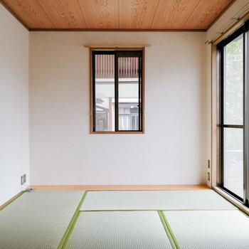 和室も2面採光かつ、広めです。