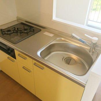 【LDK】黄色の配色。キッチンまで爽やかです。