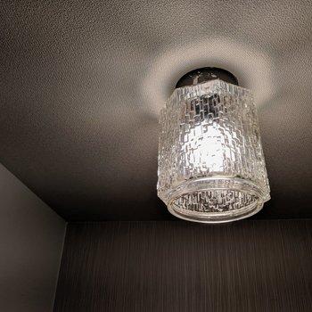 ライトがちょっとレトロでかわいいんだぁ(※写真は清掃前のものです)