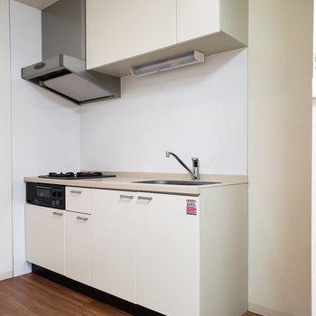 【LDK】右側に冷蔵庫が置けますね