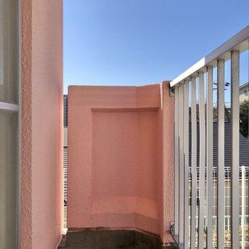 【洋室側バルコニー】ちょっと風に当たりたい時に良いなあ。