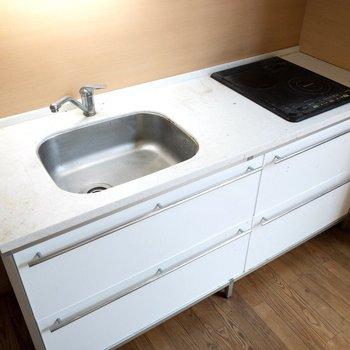 【LDK】2人で調理できますね〜※写真はクリーニング前のものです※写真は1階の反転間取り別部屋のものです