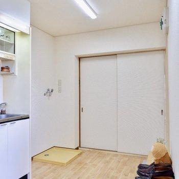 が、広々としている分、お料理や洗濯も楽にできそう。※家具はサンプルです