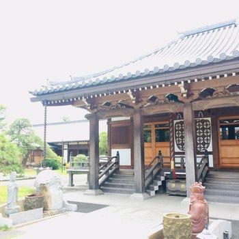 近所のお寺①朝お参りして出勤するのもあり。