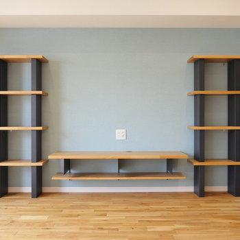【ディテール】この棚と、クロス。 ほんと素敵ですよね。