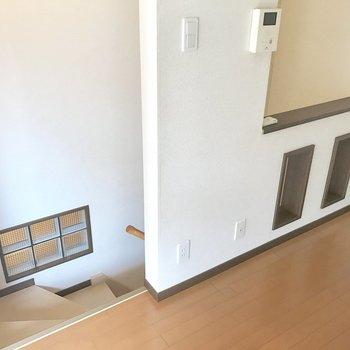 部屋の中に階段ってなんだかワクワク♬