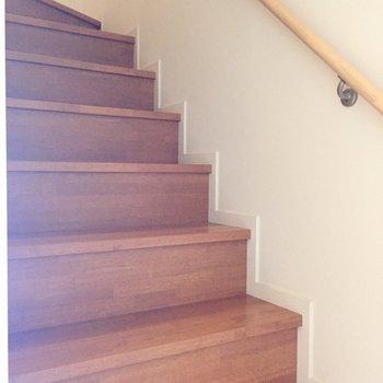 2階へ上がってみましょう